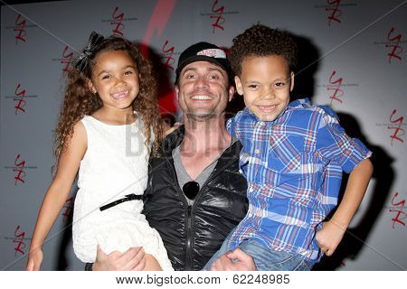 LOS ANGELES - MAR 25:  McKenna Roberts, Daniel Goddard, Aiden Clark at the Young and Restless 41st Anniversary Cake at CBS Television City on March 25, 2014 in Los Angeles, CA