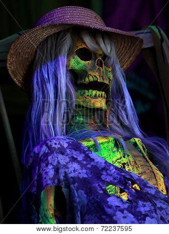 Female spooky skeleton