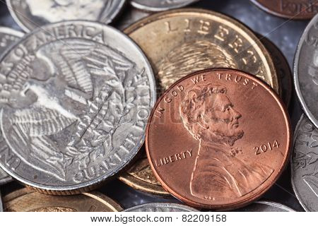 Group Of Us American Coin With Wording