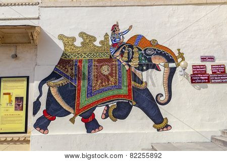 Wall Paintings Show Warriors In Ancient Times With  Elephants