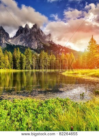 Great view of the foggy Lago Di Antorno in National Park Tre Cime di Lavaredo. Cadini di Misurina Range, Dolomites, South Tyrol. Location Auronzo, Italy, Europe. Dramatic morning scene. Beauty world.