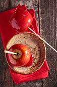 pic of toffee  - toffee apple - JPG