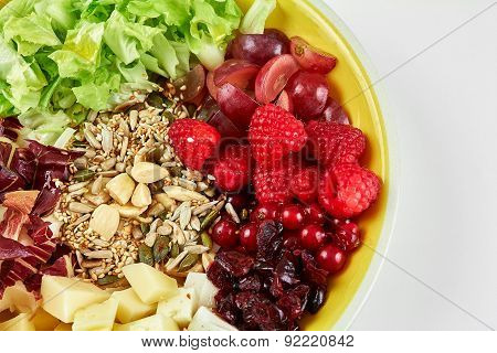 Fresh Salade Close Up With Fruit And Cereals