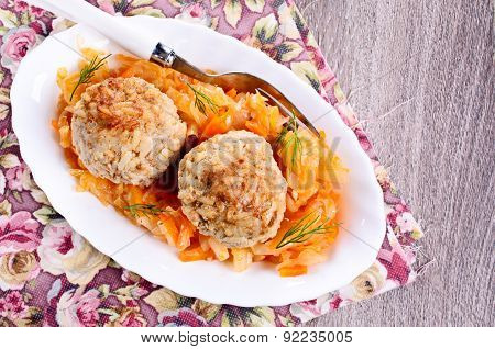 Meatballs With Braised Cabbage