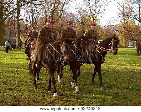 Training cavalry.