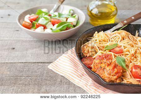 Italian spaghetti with meatballs