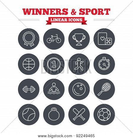 Winners and sport linear icons set. Thin outline signs. Vector