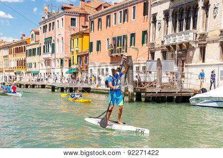 Italy. Venice. Vogalonga Regatta.