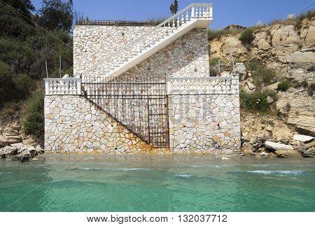 Gateway To The Beach House Near Sea