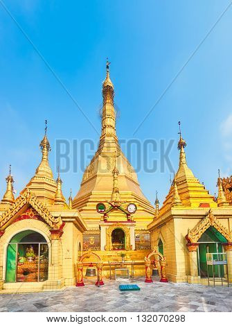 Sule Pagoda Pagoda in Yangon. Myanmar.