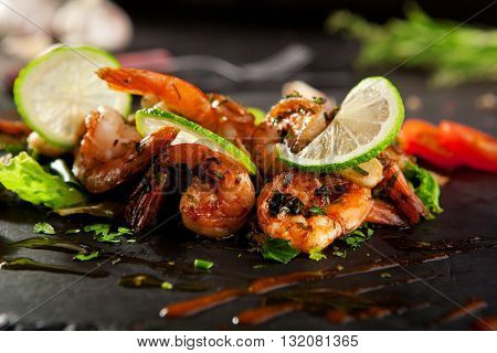 Hot Shrimp Appetizers with Herbs and Tomato