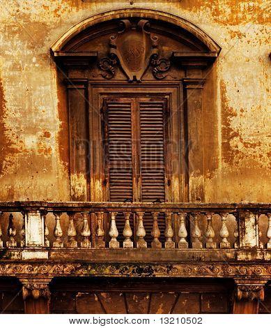 Balcón y ventana vintage