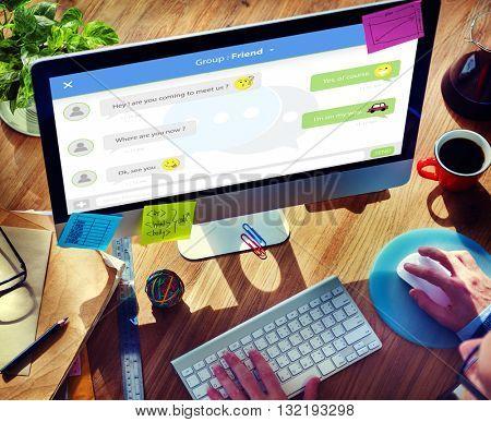 Chatting Online Messaging Forum Friends Concept