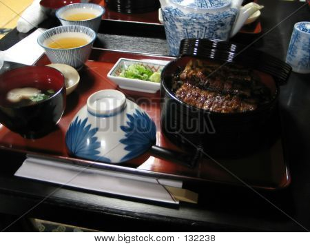 Hitsumabushi (unagi)