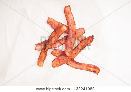farm to kitchen fresh crispy bacon ethically raised and non gmo