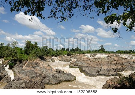 The Mekong falls ( The Khone Falls and Pha Pheng Falls) in south Laos, Champasak Province