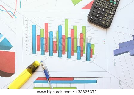 Round volumetric histogram. Different types of charts showing data