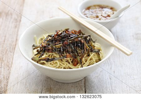 scallion oil noodles, Shanghai food