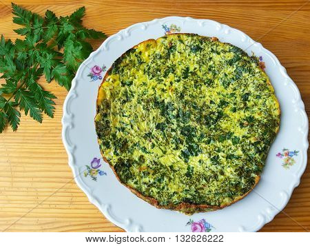 Cow parsley with greenery omelette on plate