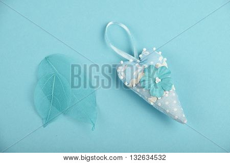 Blue Toy Heart And Skeleton Leaves