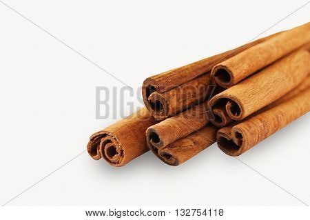 Сinnamon sticks isolated on a white background