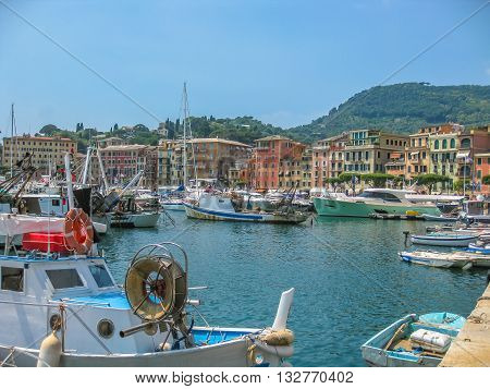 The picturesque harbor of Portofino, famous vacation resort and italian fishing village, provinces Genoa, Italy.