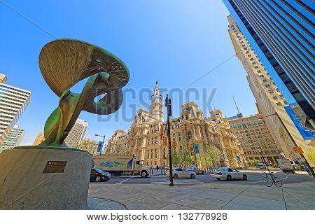 Truine Sculpture Near Philadelphia City Hall
