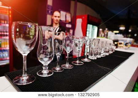 Set Of Collection Cup Glasses For Bar Drinks
