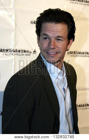 Mark Wahlberg at the 'A Place Called Home 11th Annual Gala' for the Children at the Beverly Hilton Hotel in Beverly Hills. USA on October 28, 2004.