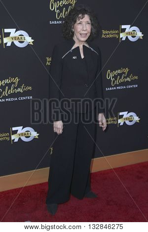 LOS ANGELES - JUN 2:  Lily Tomlin at the Television Academy 70th Anniversary Gala at the Saban Theater on June 2, 2016 in North Hollywood, CA