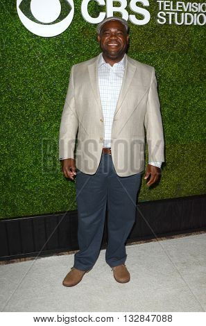 LOS ANGELES - JUN 2:  Leonard Earl Howze at the 4th Annual CBS Television Studios Summer Soiree at the Palihouse on June 2, 2016 in West Hollywood, CA