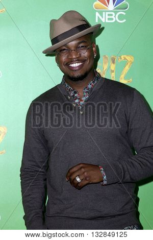 LAS VEGAS - JUN 1:  Ne-Yo, Shaffer Chimere Smith at the Television Academy Event For NBC's The Wiz Live! at the Directors Guild of America on June 1, 2016 in West Hollywood, CA