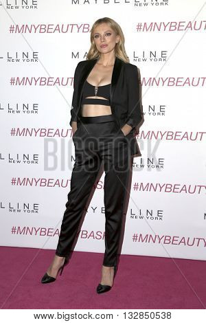 LOS ANGELES - JUN 3:  Bar Paly at the Maybelline New York Beauty Bash at the The Line Hotel on June 3, 2016 in Los Angeles, CA