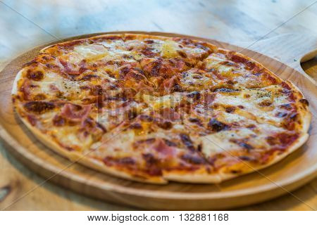 The pizzas European and American cuisine food