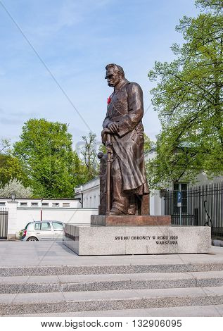 WARSZAWA POLAND - APRIL 30 2015: Statue of Marshal Jozef Pilsudski in Warsaw Poland at Belweder Palace