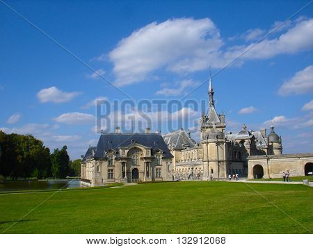 chantilly, chateau, france, castle on green grass