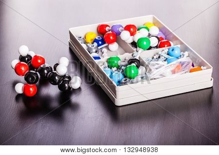 Molecular Structure Modeling Kit