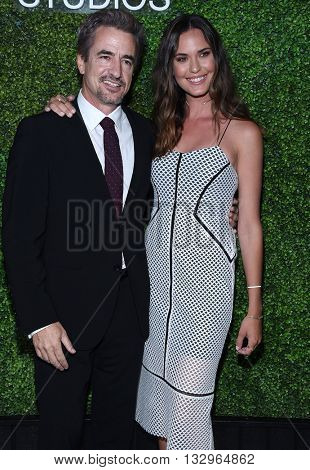 LOS ANGELES - JUN 02:  Dermot Mulroney & Odette Annable arrives to the 2016 CBS Summer Soiree  on June 02, 2016 in Hollywood, CA.