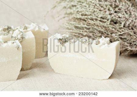 Natürliche pflanzliche Seife