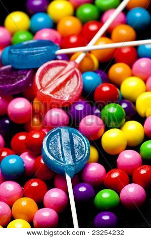 Bubblegum and Lollipops Up Close