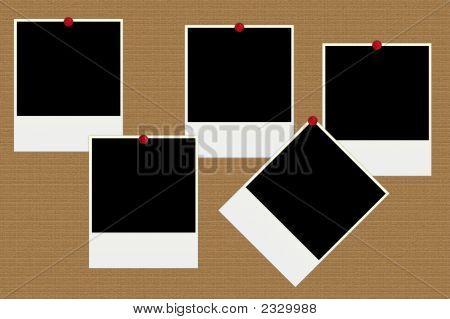 Leere Fotos auf einem Brett