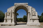 picture of gleaning  - The Triumphal Arch at Glanum - JPG