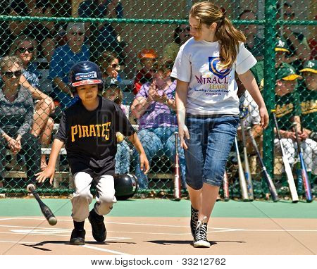 Miracle League Softball For Hanadicapped Children