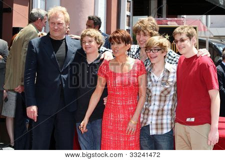 LOS ANGELES - MAY 22:  David Hunt, Patricia Heaton, their four sons at the Hollywood WOF Ceremony for Patrica Heaton at Hollywood Boulevard on May 22, 2012 in Los Angeles, CA