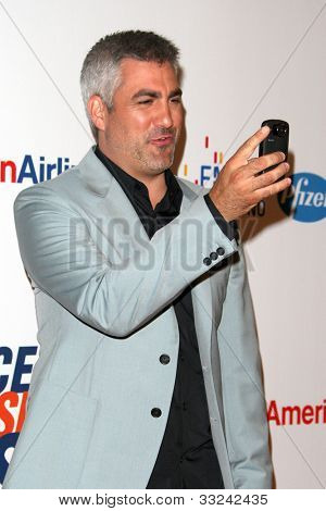 LOS ANGELES - MAY 18:  Taylor Hicks arrives at the 19th Annual Race to Erase MS gala at Century Plaza Hotel on May 18, 2012 in Century City, CA