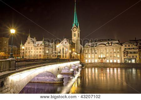 Nightscene in Zurich
