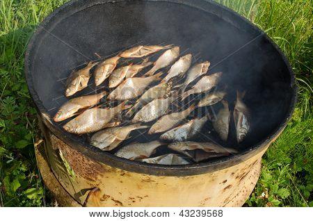 Ecologic Fish Smoke Smoke House Rusty Barrel