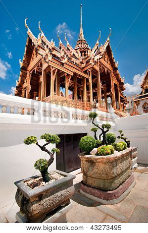 Grand Royal Palace With Bonsai Tree, Bangkok