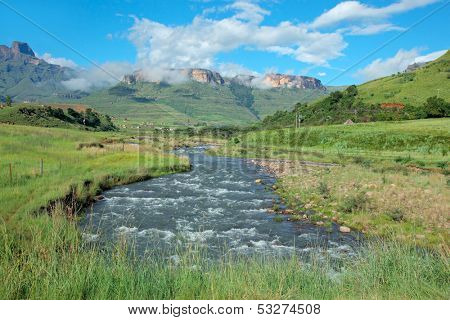 Tugela river with the Drakensberg Mountains beyond, KwaZulu-Natal, South Africa