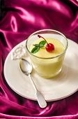 picture of moscato  - CLose up of Zabaione  - JPG